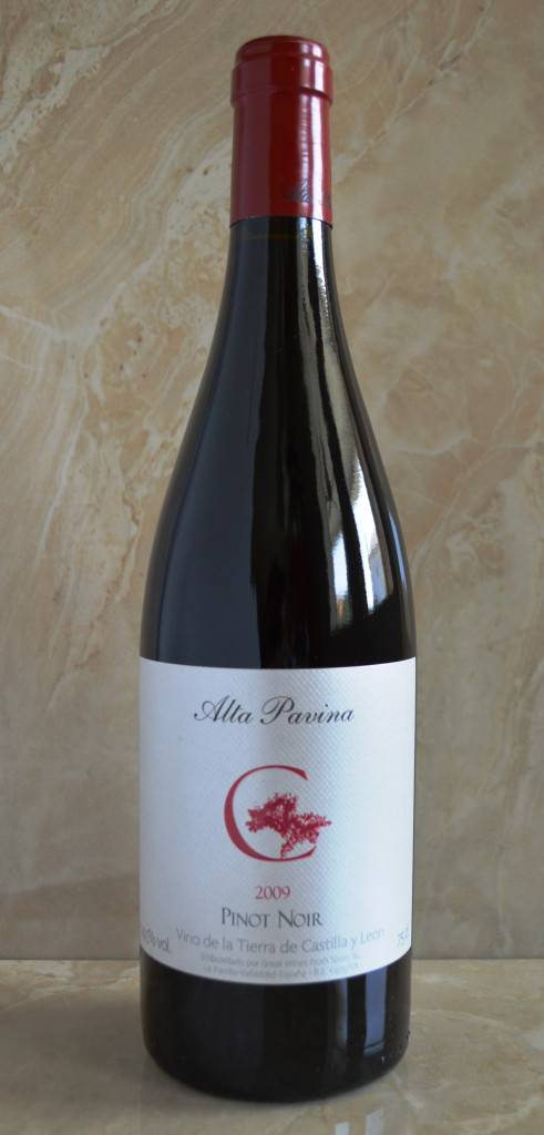 Alta Pavina Pinot Noir 2009 Full Bottle